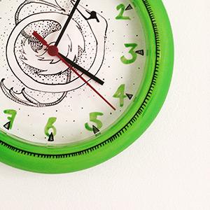 clock-feat